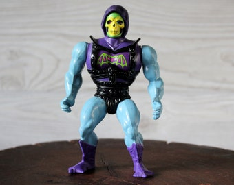 1983 Masters of the Universe (MOTU) Battle Armor Skeletor Action Figure
