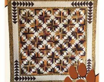 Pineapple Pinwheels Pattern 12 1/2''x 16 1/2''x 3 1/2'' Designed by Deb Heathwely for Deb's Cats N Quilts Designs #DH1754