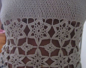 Tank top, off white crochet Top in the shape of stars