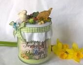 Bougie 'Jardin de printemps' lapin dans le jardin