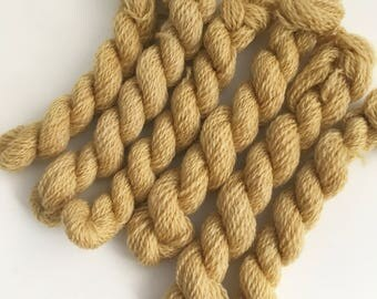 Hand dyed embroidery yarn | plant dyed | golden yellow | embroidery wool | wool | laceweight knitting | cross stitch | tapestry | weaving