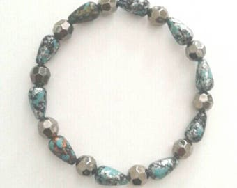 Pretty Speckled Blue and Black Bracelet