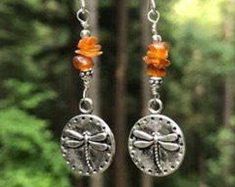 Dragonfly earrings, dragonfly jewelry, dragonfly with Amber, Amber earrings, lightweight