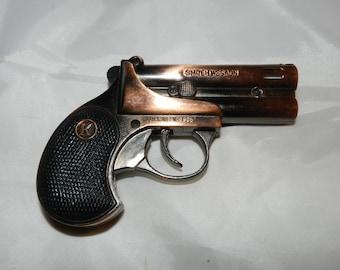 Gun Lighter - Vintage Gun Shaped Cigarette Lighter - Reads: Smiteh Wesaon Jian Ce 106905 - Figural Butane Lighter - Derringer          41-32