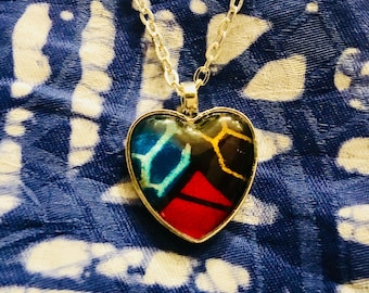 Nek-lace - Necklace - African inspired - heart pendant - Drie-eenheid (trinity) - blue