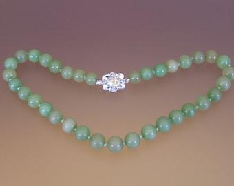 Vintage Chinese Applegreen Nephrite Jade Choker-Necklace