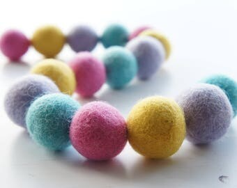 Pastel Felt Ball Garland, Feltball Garland, Pom Pom Garland, Garland, Home, Nursery, Bedroom, Decoration, Pastel, Spring