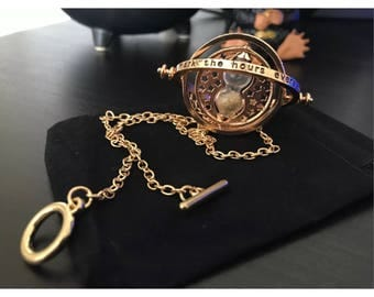 Harry Potter Replica Time Turner Hermione Granger Rotating Spins Hourglass Necklace