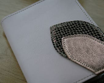 Wallet leather storage sheets, rose gold patterns and powder pink smooth leather and snake bronze