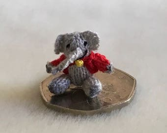 2cm handknitted miniature collectors collectable dollshouse elephant Wee Henry