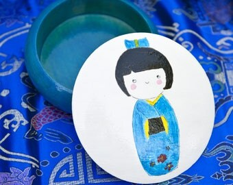 Wooden round box model Kokeschi