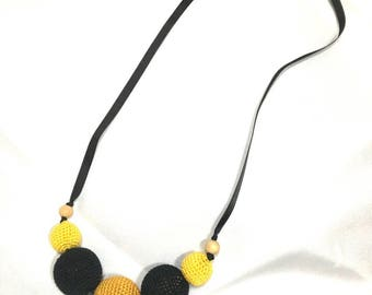 Cotton covered wooden beads nursing necklace