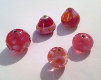 set of 5 pink and orange glass beads spun by hand.
