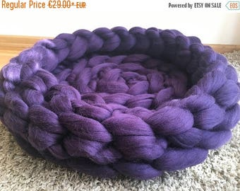 SUMMER SALE Chunky Cat Bed, Chunky Knit Pet bed, Pet cave, Pet Bedding, Merino Wool Cat bed, arm knit, knit house, Cat cave, Pet house,  by