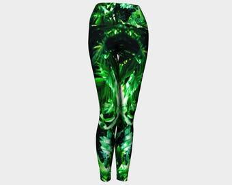 Yoga leggings with jungle print, nature leggings, tropical leggings, yoga pants, womens leggings, yoga wear, green leggings, activewear