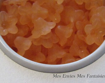10 pearls, Cup flower lucite 10 x 5mm Orange