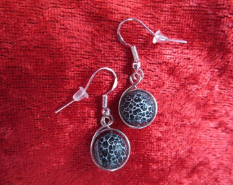 Earrings wire wrapped in silver with pearls
