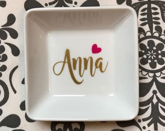 Personalized ring dish - name ring dish - perfect gift