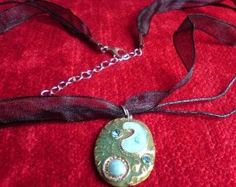 Black organza necklace