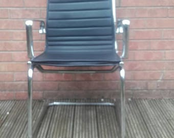 Eames Replica Chair Industrial Chair Luxy Chair Mid Century Furniture