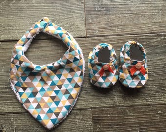 Ideal for matching bibs and booties