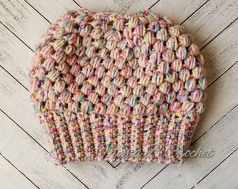 Crochet Messy Bun Hat, Messy Bun Hat, Messy Man Bun Hat, Pony Tail Hat, Pony Tail Beanie, Messy Bun Toque, Claire Messy Bun Hat