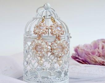 Bridal beaded crystals and pearls earrings•Brides earrings•Wedding jewelry•Swarovski crystals earrings•Bridal crystals earrings