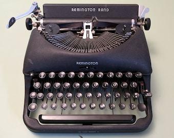 Remington Rand Deluxe Model 5 Portable Typewriter c1947