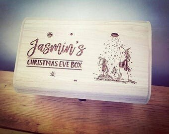 Personalised Luxury Wooden Christmas Eve Box - Engraved Girl & Unicorn Design.