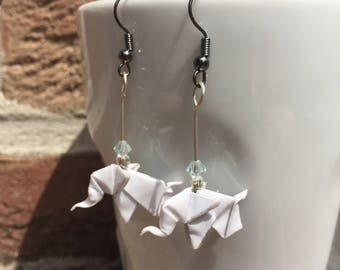 Origami paper white elephants earrings decorated with rocaille beads and genuine Swarovski pearls