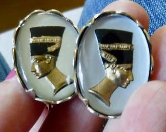 Vintage Egyptian Revival Queen Nefertiti Gold Tone Earrings - Clip Earrings