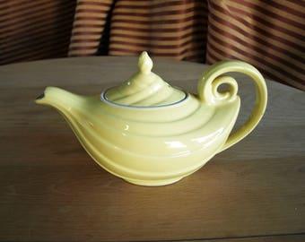 Retro Vintage Hall Porcelain Teapot – Genie Aladdin Teapot