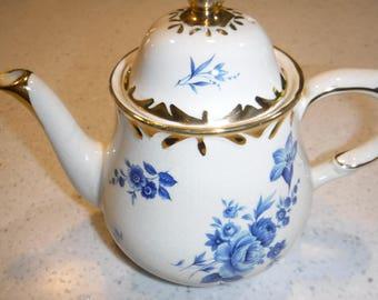 Chatsworth English Teapot