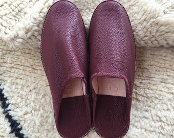 Moroccan Traditional Babouche, Handmade Leather Slippers - Maroon