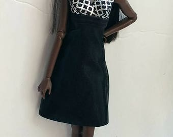 12 inch fashion doll dress is one size fits all fashion royalty,integrity,nuface,fr,fr2,Barbie all other same size dolls