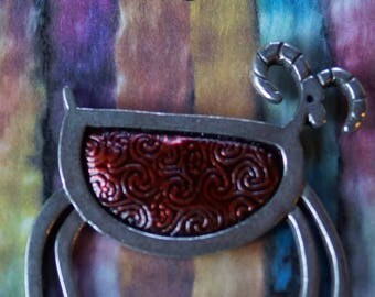 Petroglyphic Sheep with Red body pewter pin