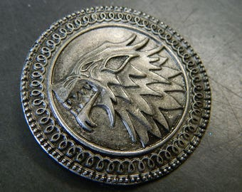 Gray Pewter GoT House Stark Banner-man Pin - Game of Thrones Stark Dire Wolf Pin - Silver Gray Northern Westeros Lapel Pin