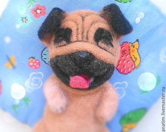 Felting a toy dog. Needle felted animal dog pug. Felted toy dog pug.