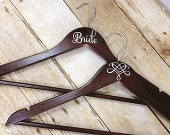 Set of 5 Wedding Hangers | Bridal Hanger Gift | Bridal Party Gift | Bridal Hanger | Custom Wedding Hanger | Bridesmaid Hanger