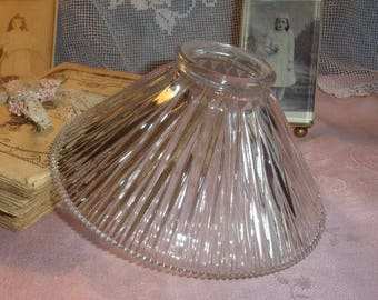 For light molded glass Tulip