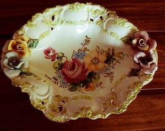 one fruit bowl / salad bowl Italian style CAPODIMONTE decor flower in slip