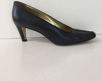 Escada Women's Size 8 Narrow (AAA) Blue Leather Extra Kid  Vintage High Heels Made in Italy with box with original price tag of 330
