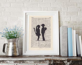 Print BANKSY - JOUNG LOVERS - antique book page