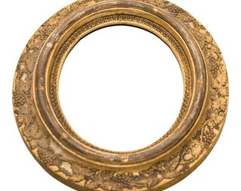 Gold Oval Frame with Carved Grapes