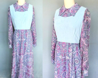 little house / 1970s purple paisley maxi dress with velvet bodice / small