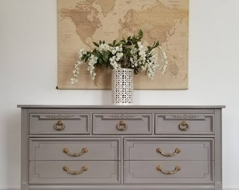 SOLD***Vintage Dresser/Console/Entry Table *Local Local Pick Up Only