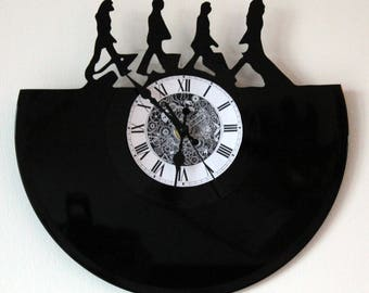 33 vinyl record clock beatles themed rounds