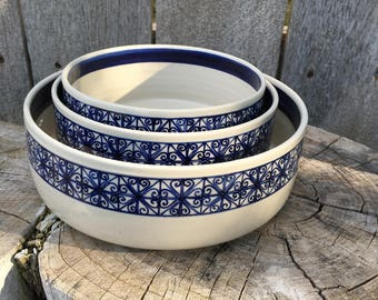 Serving Bowls with Hand Painted Colonial Border - Set of 3
