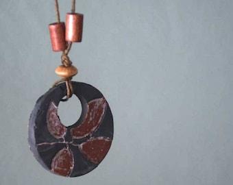 Flip leaf imprint necklace