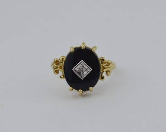 10k Yellow Gold Vintage Onyx & Diamond Ring Size 10